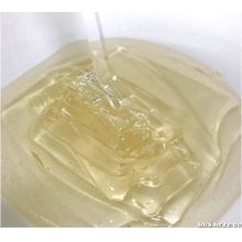 100% natural and pure acacia honey