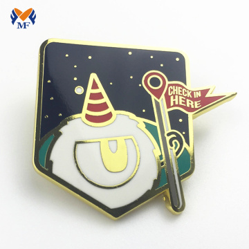 Custom design metal badge pins online