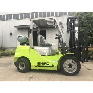 3.5 Ton Gasoline Forklift With Japan Nissan K25 Motor