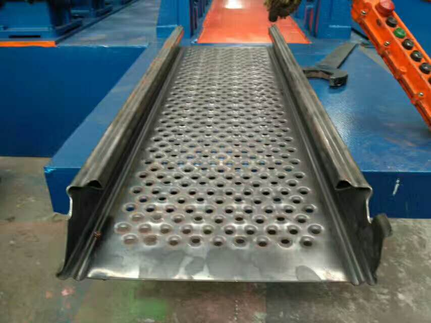 Prefabricated Scaffolding Metal Decking Roll Forming Machine