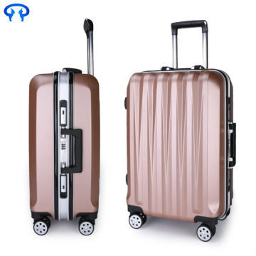The best deals eBay suitcases