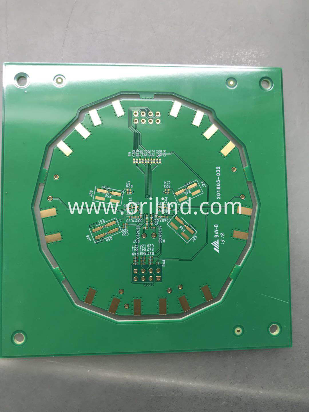 Mixed material circuit baord