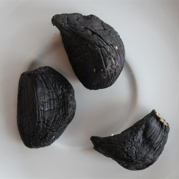 Organic Food of peeled Black Garlic