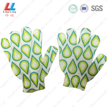 Tear-drop shape intensive bath gloves