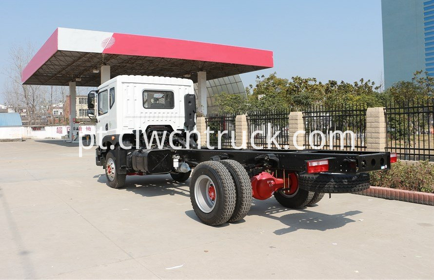 water delivery truck chassis 4