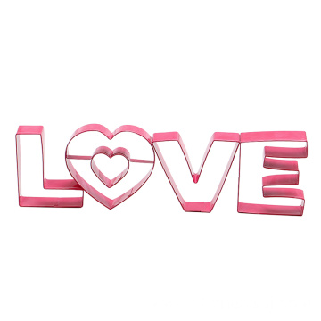 4pcs Valentine's Day cookie cutter set LOVE shape