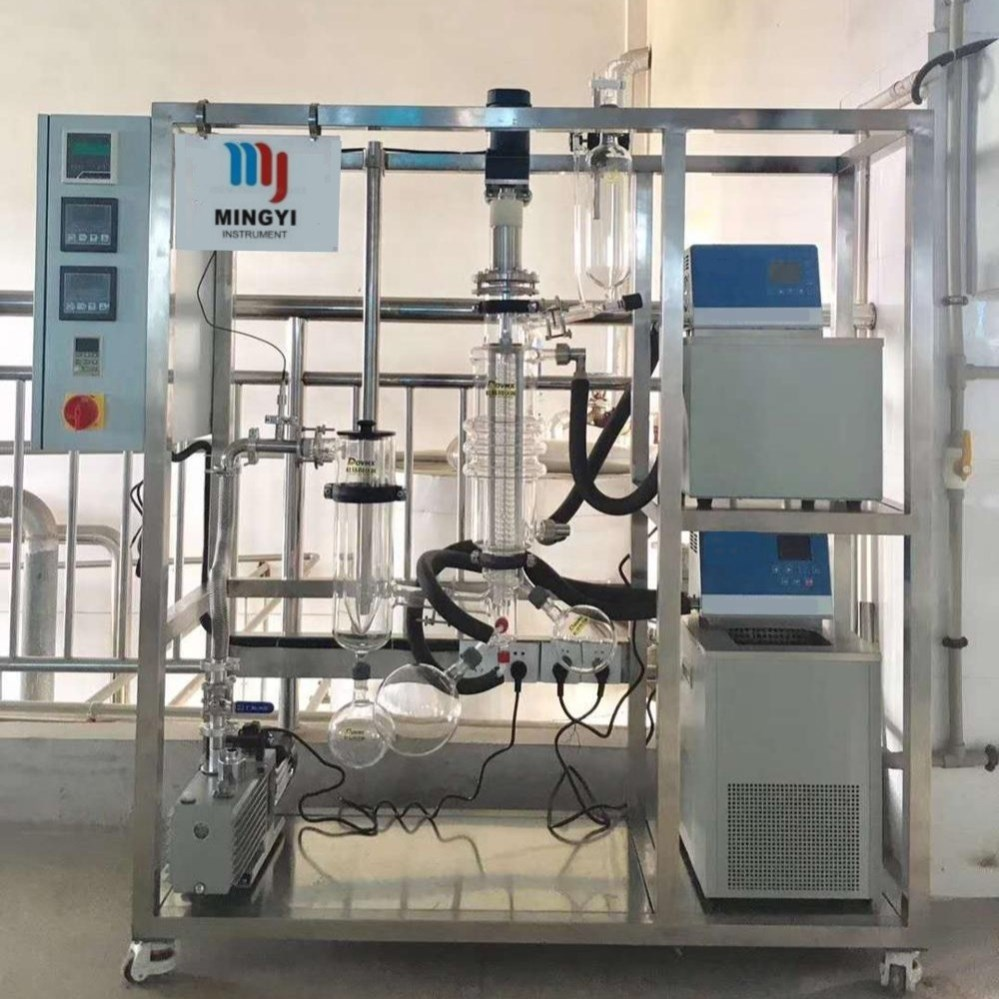 Automatic molecular distillation CBD extraction machine