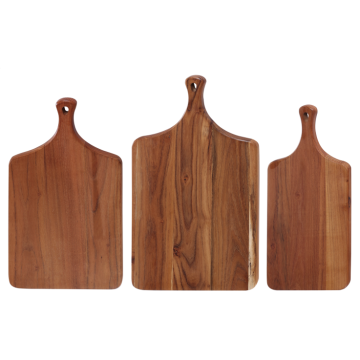 Solid wood chopping board with handle