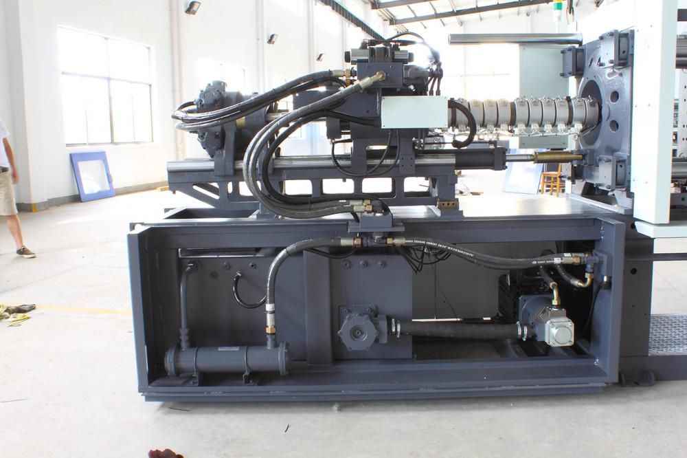 Fixed Pump Plastic Injection Machine