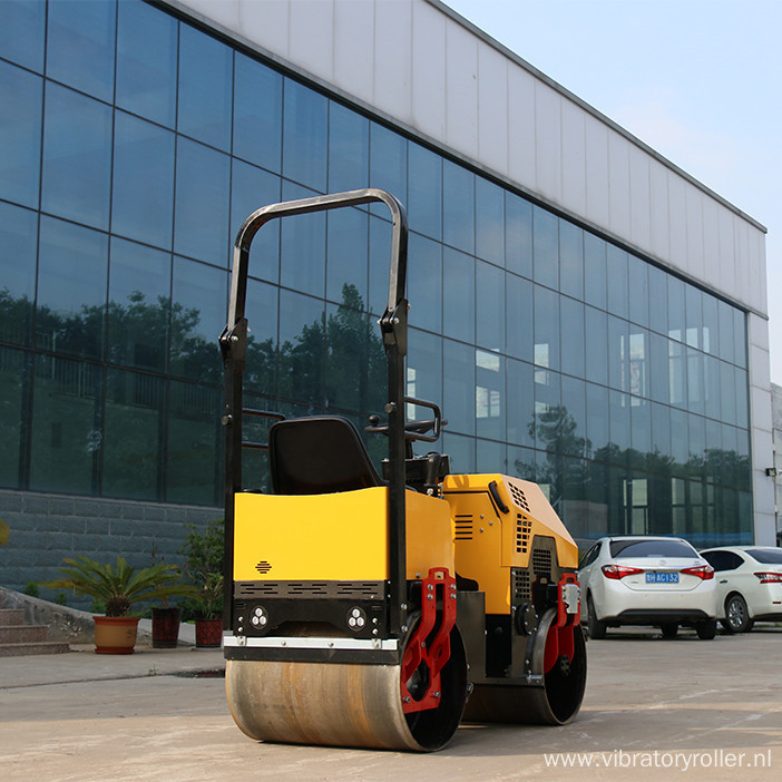 13HP Honda Gasoline Steel Wheel Vibratory Road Roller