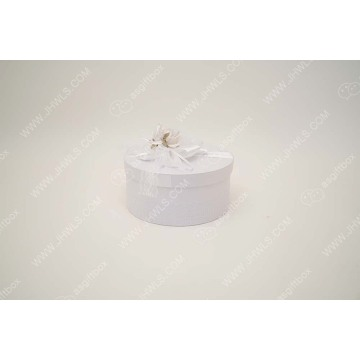 Luxury white fancy paper wedding jewelry packaging box