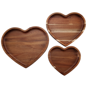 Heart shape wooden fruit tray