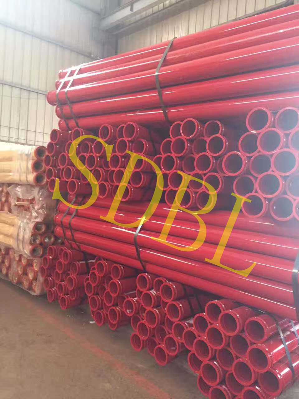 Concrete pump U bolt and pipe mounting
