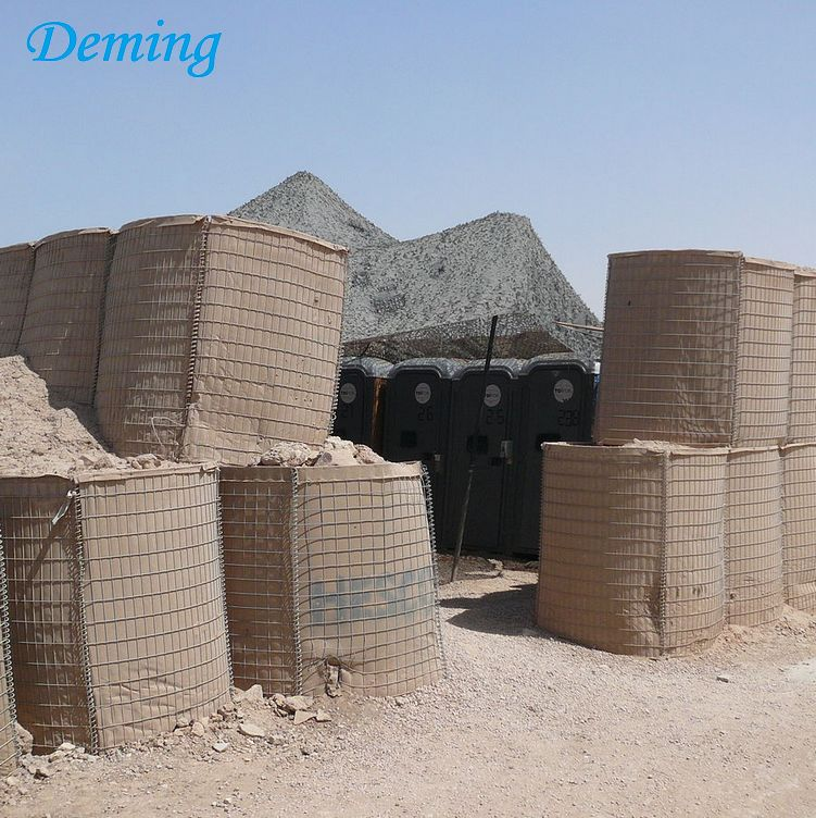 Army Construction Hesco with Razor Barbed Wire