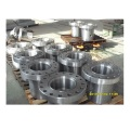 Casing spool body flange for upper shell