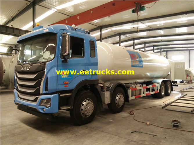 8x4 Mobile Propane Filling Trucks
