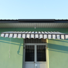 Retractable arms awning 3.6*2.5 Yellow and White