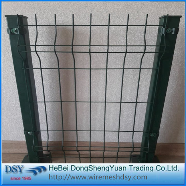 Bending guard safety 3D wire mesh fencing