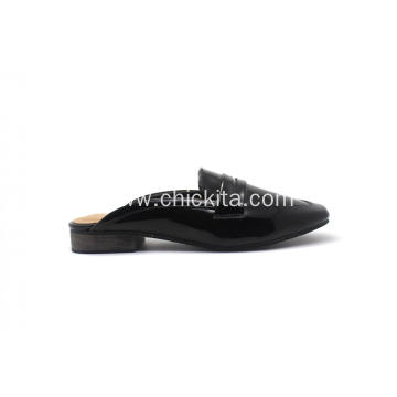 Supply for Supply Ladies Flats Shoes,Flat Shoes,Flat Shoes For Women,Black Flat Shoes to Your Requirements Classic Patent PU Wood Printing Heel supply to Japan Factories