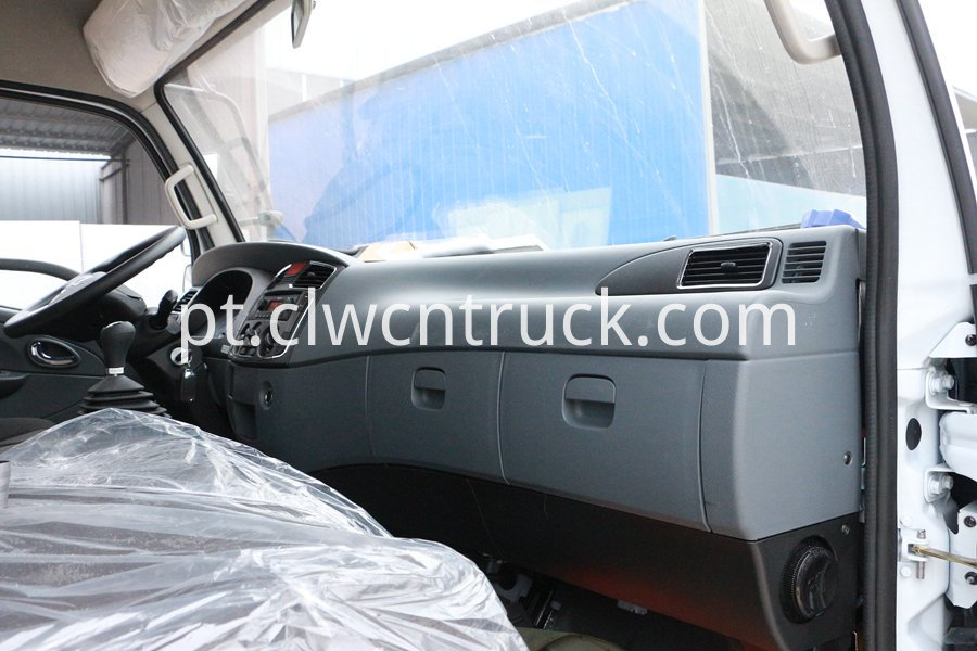 van truck with refrigerator 1