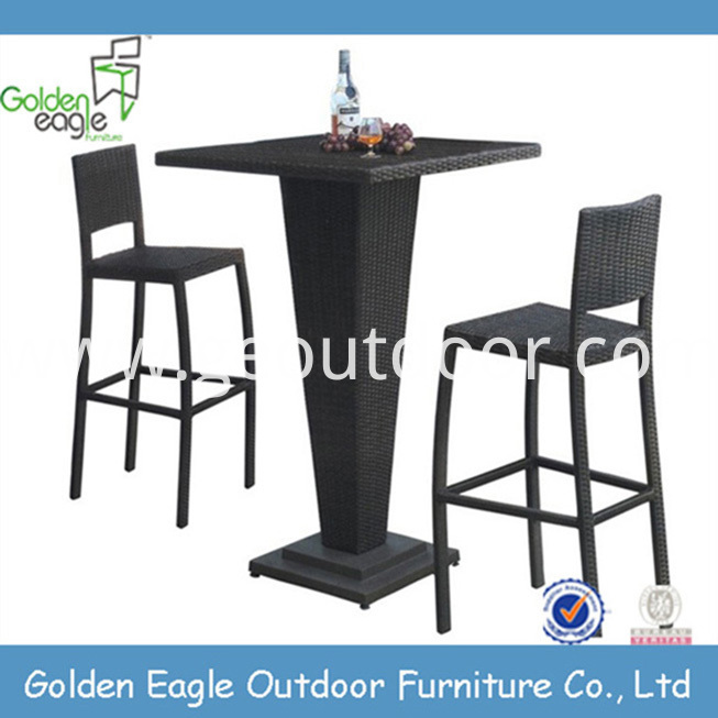 PE wicker bar set sunbrella