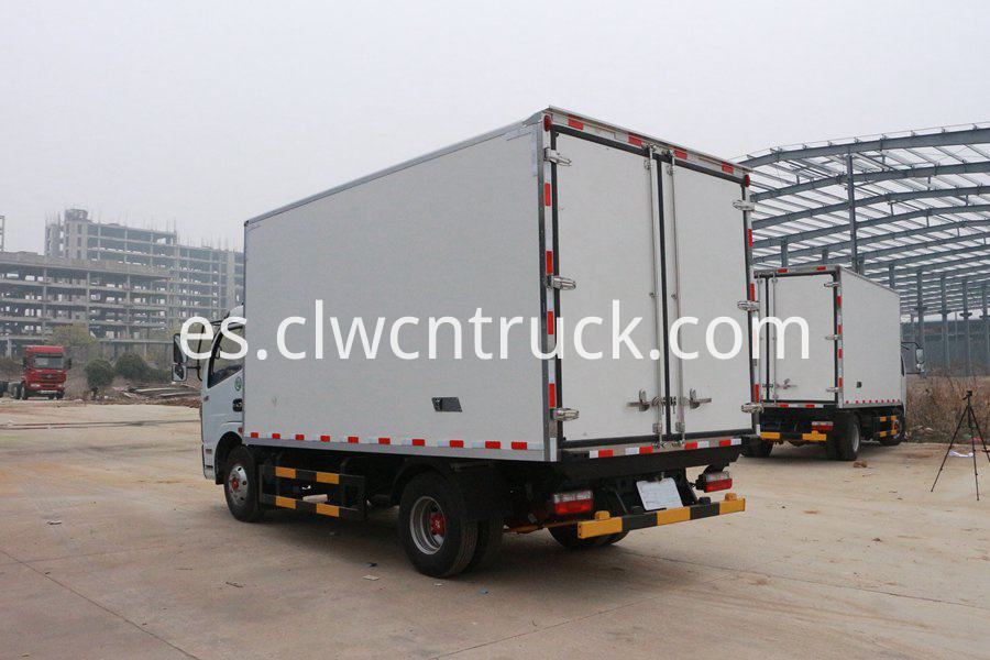 truck with refrigerator 2
