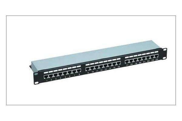24 ports CAT6 patch panel
