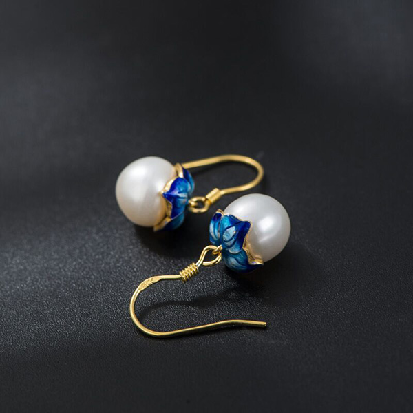 Freshwater Pearl Gilt Earrings