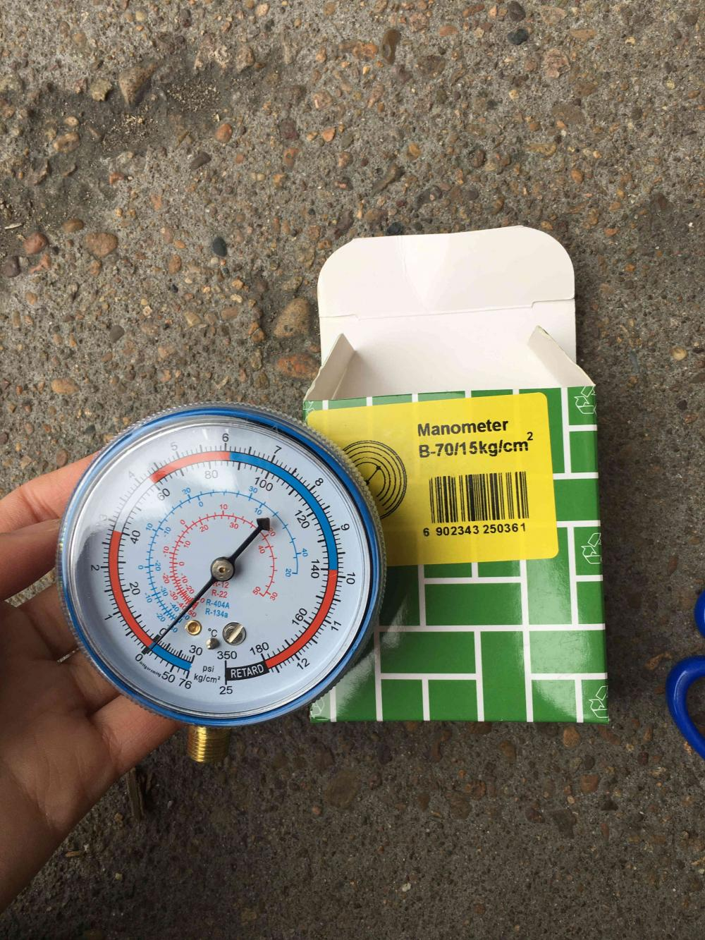 Refrigerant high low pressure gauge with iron case
