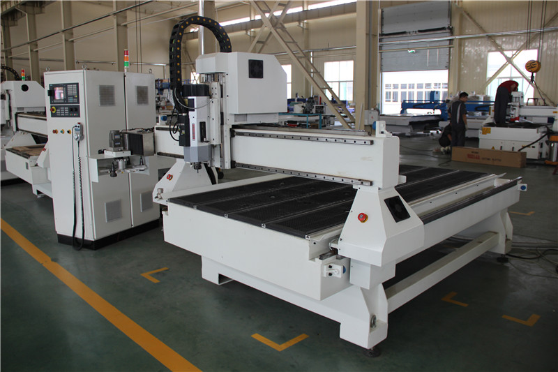 atc cnc 1530 with disc type tool changer