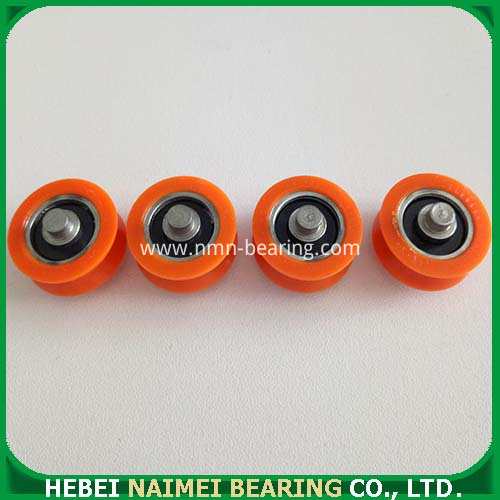 Nylon roller with ball bearing
