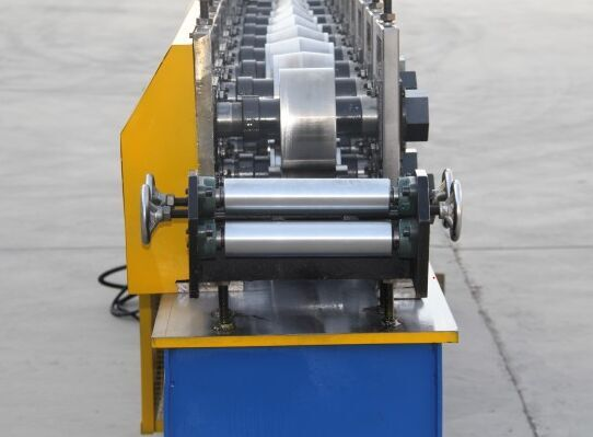 Angle Cutting Machine/ Wall Corner Roll Forming Machine Price