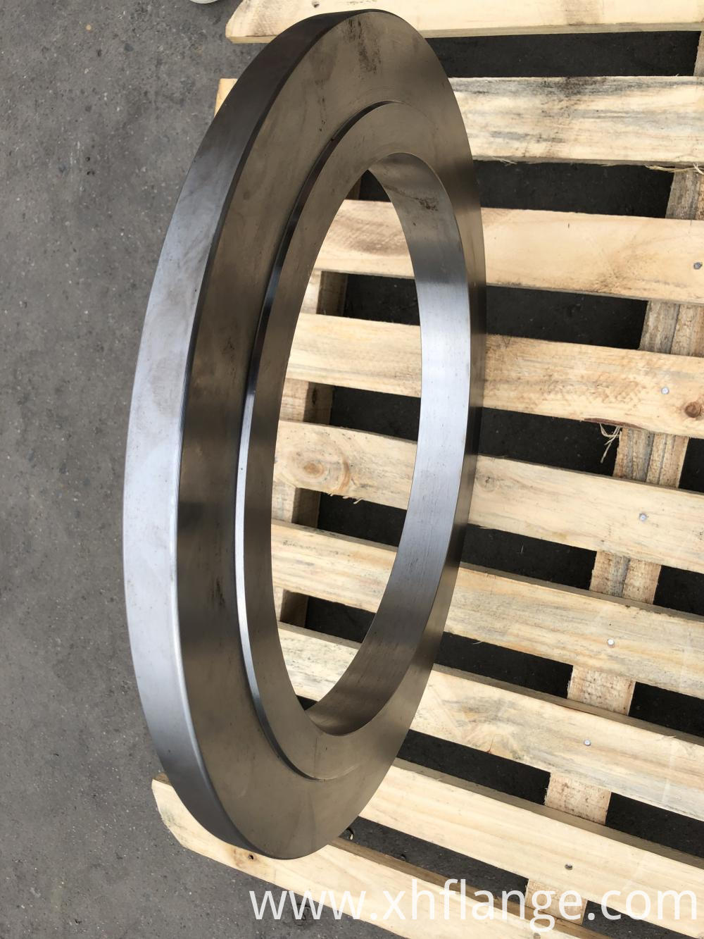 High pressure forging flange