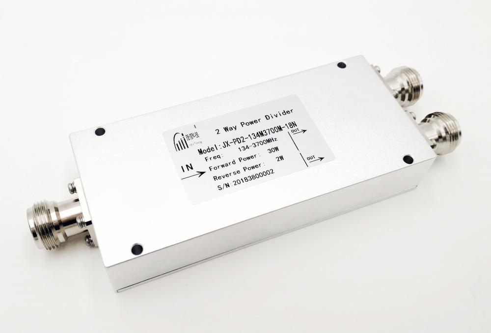 2 Way 134-3700MHz Power Divider