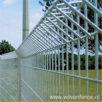 Hot Dipped Galvanized Roll Top Fence