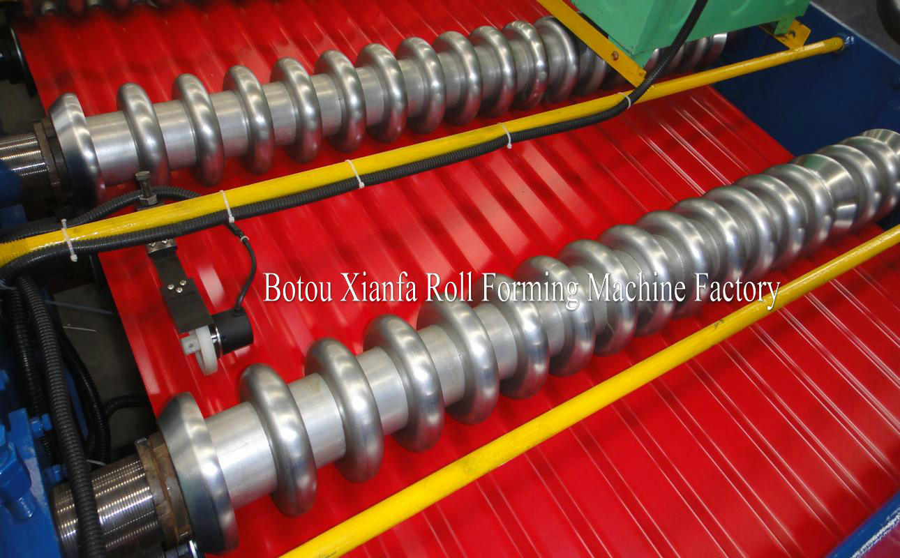 wave type roll forming machine