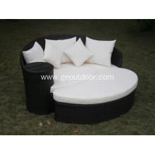 Outdoor Garden Rattan Sun Bed Beach Lounge