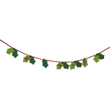 Christmas bunting with leaf pattern