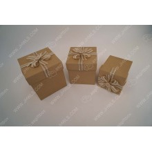 Leading for Flower Box Gift Paper gift box with hand made flowers supply to Malawi Supplier