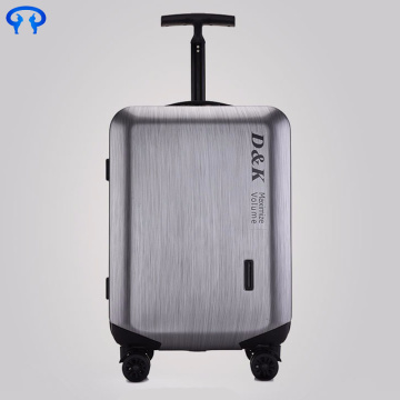 Hard shell travel suitcase