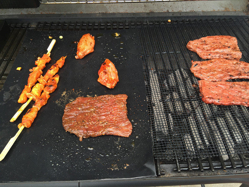 Non stick Grilling Mat