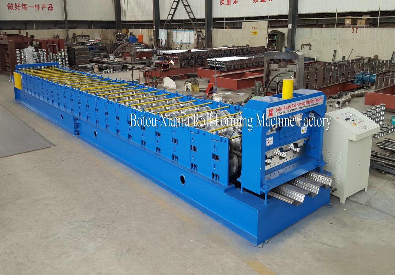 deck forming machinery