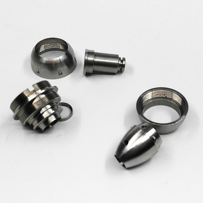 Turning stainless steel parts