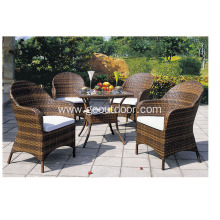 Stunning Rattan Garden Table with Four Chairs