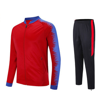 Women velvet sportswear with zipper on the pant
