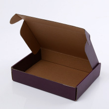 T-shirt shipping boxes with logo