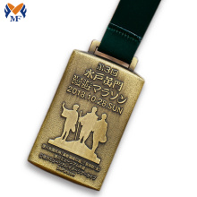 National custom gold medal square shape