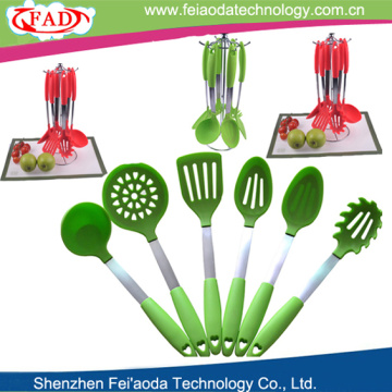 China Gold Supplier for China Silicone Kitchen Tools And Utensils Set,Cooking Utensils Set Supplier Private labels Durable Silicone kitchen spoon set export to Jordan Exporter