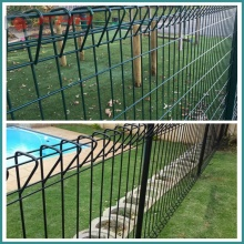 PVC Coated Galvanized BRC fence Triangle bending For Garden