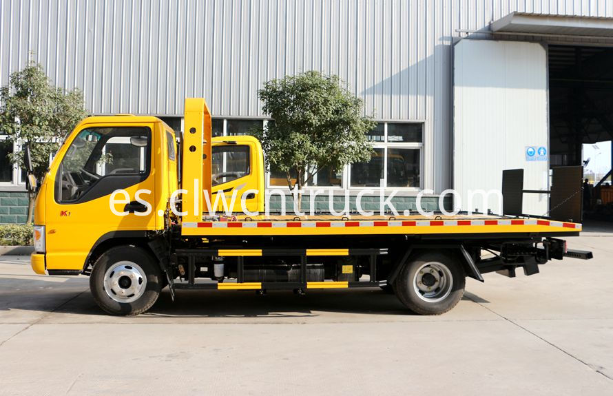 wheel lift towing vehicles 1